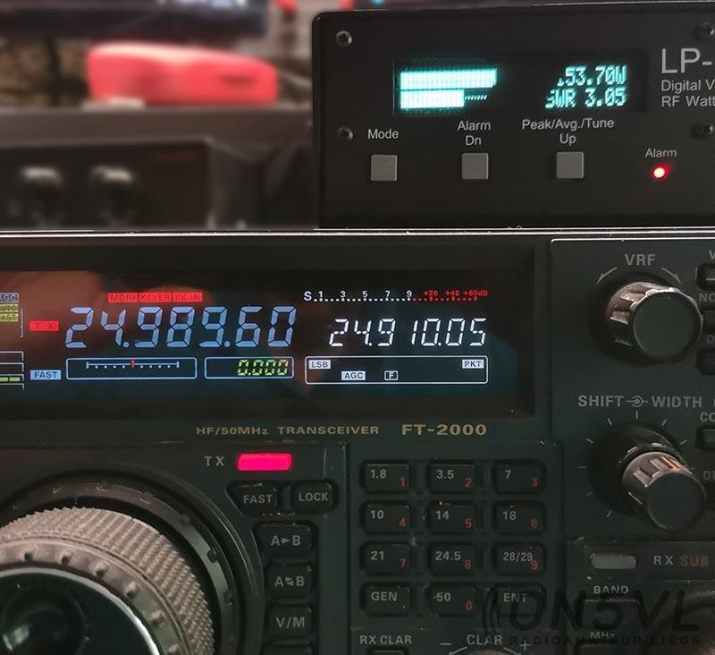 24.989 Mhz = SWR 3.05 (mauvais)