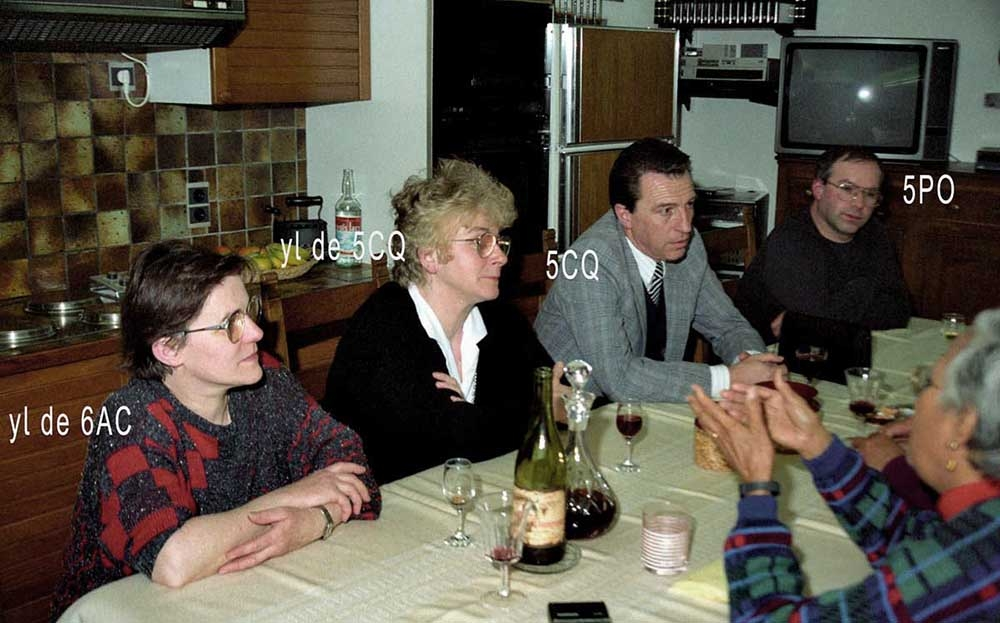 5-1989-08a-famille-amis-08-visite-mario-fy5ye-r-c-1