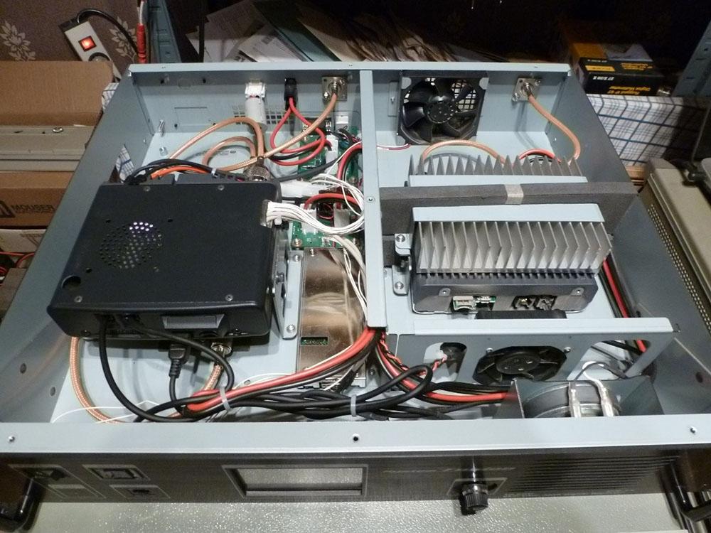DR-1X modifié avec filtre RX et nouveaux câbles coaxiaux RG400/U.