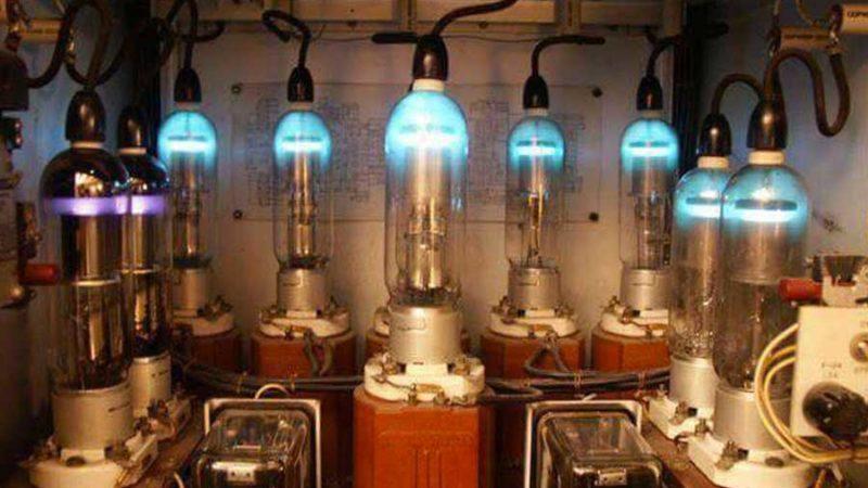 Tension filament des tubes d'émission – chauffe qui peut !