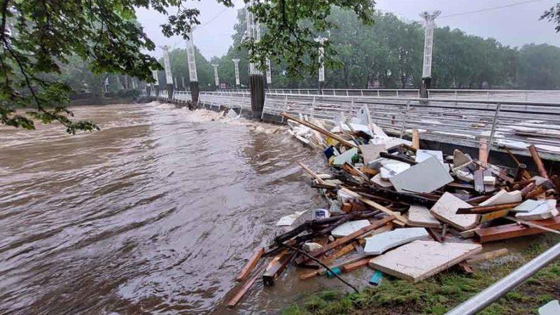 Des radioamateurs bénévoles du B-EARS viennent en aide lors des inondations