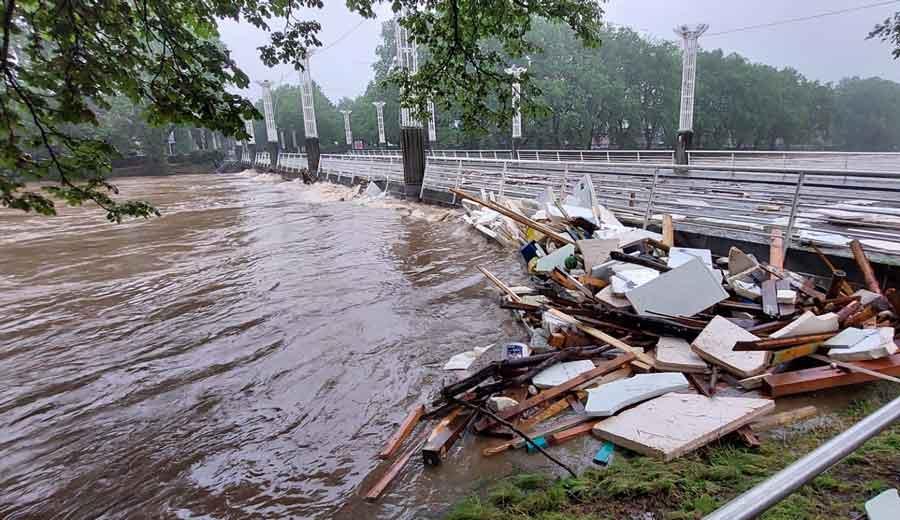 Des radioamateurs bénévoles du B-EARS viennent en aide lors des inondations10  min de lecture
