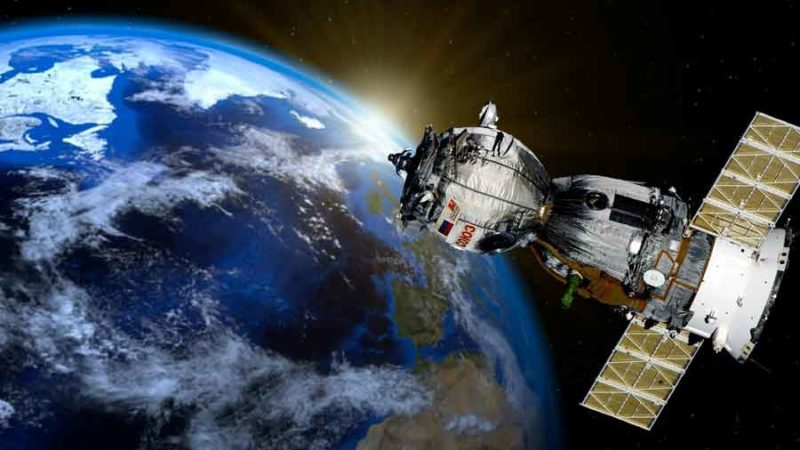 Un concept génial de HB9TWV Pascal à Genève pour des mesures  sur un convertisseur LNC pour la réception du satellite QO-100